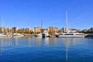 Yacht charter Barcelona 4