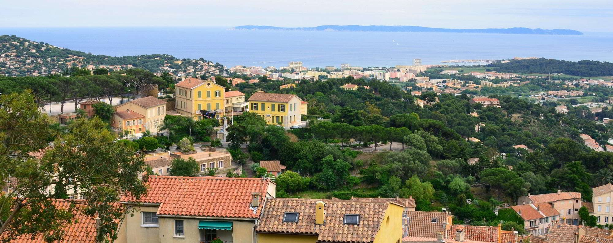 Yacht charter in Bormes-les-Mimosas