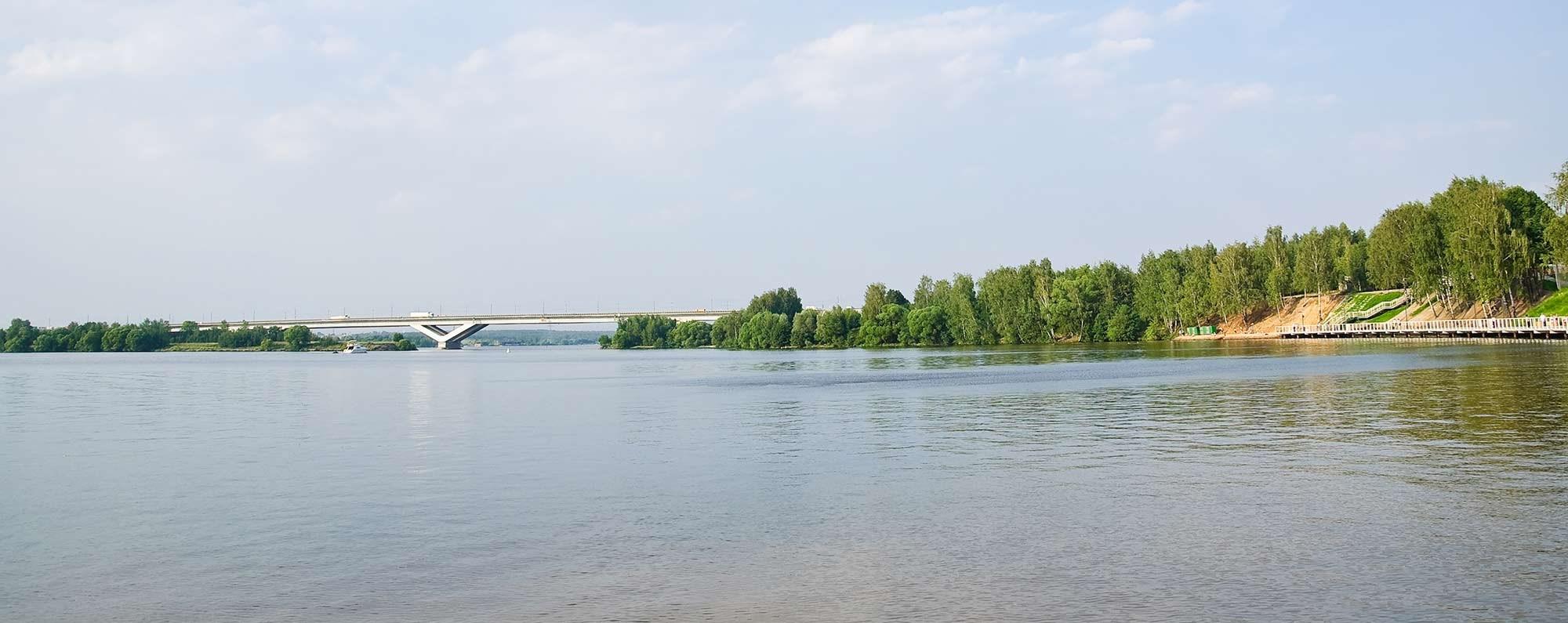 Yacht charter in Pirogovo