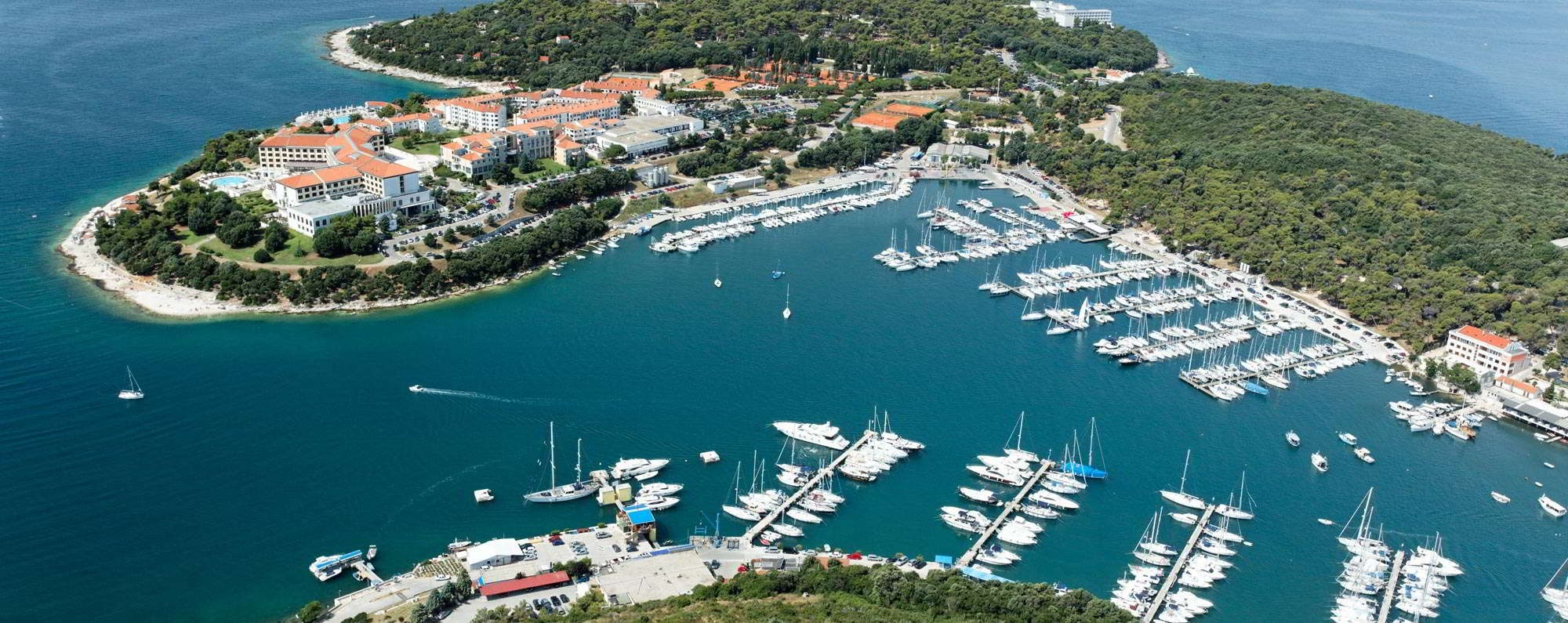 Yacht charter in Pula